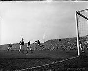 17/03/1954 <br /> 03/17/1954<br /> 17 March 1954<br /> Soccer: League of Ireland v Scottish League at Dalymount Park, Dublin.