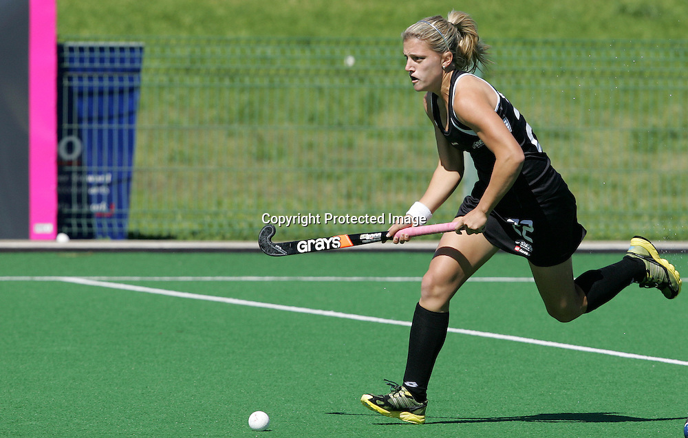 Gemma FLYNN during the BDO Women's Champions Challenge 1 match between New Zealand and Japan held at the Hartleyvale Stadium in Cape Town, South Africa on the 17 October 2009 ..Photo by RG/www.sportzpics.net.+27 21 (0) 21 785 6814