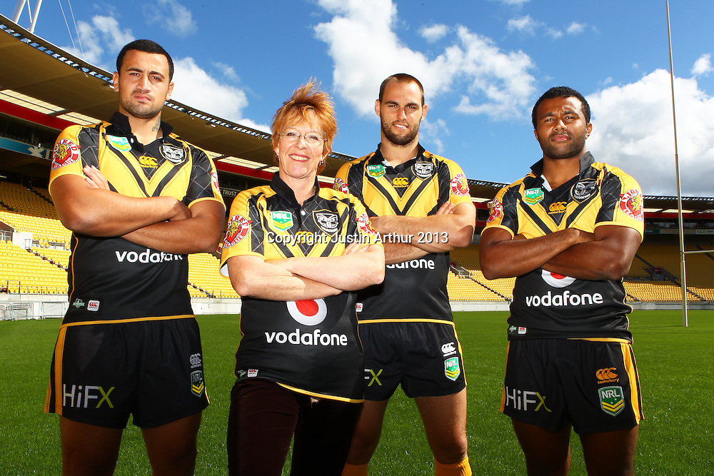 Celia Wade-Brown Mayor of Wellington, Simon Mannering, Ben Matulino and Alehana Mara pose for a photo. Vodafone Warriors in Wellington - Vodafone Warriors hold a press conference in Wellington ahead of their clash with the Bulldogs on Saturday 11 May 2013. Westpac Stadium, Wellington, New Zealand on 20 March 2013. Photo: Justin Arthur / photosport.co.nz