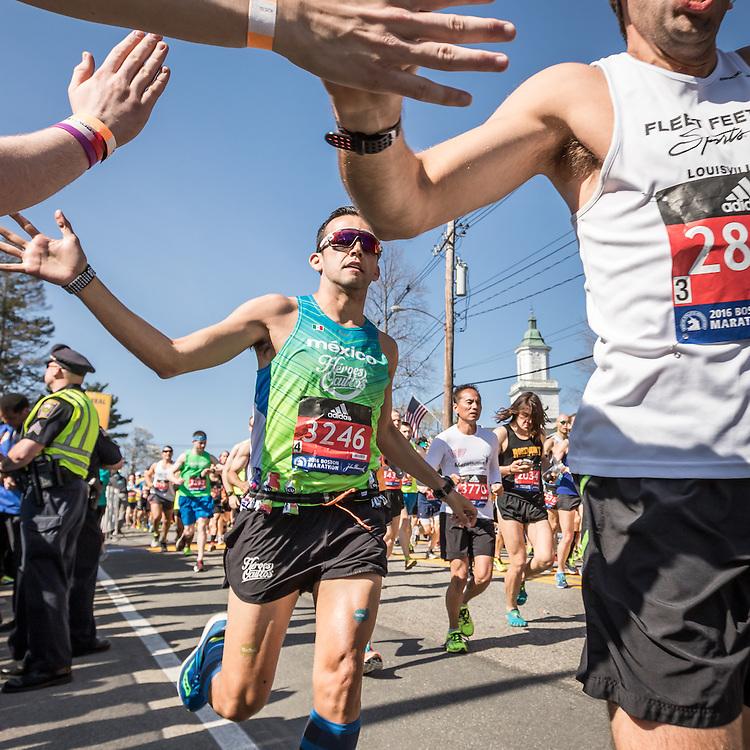 Carlos Armenta, Boston Marathon start