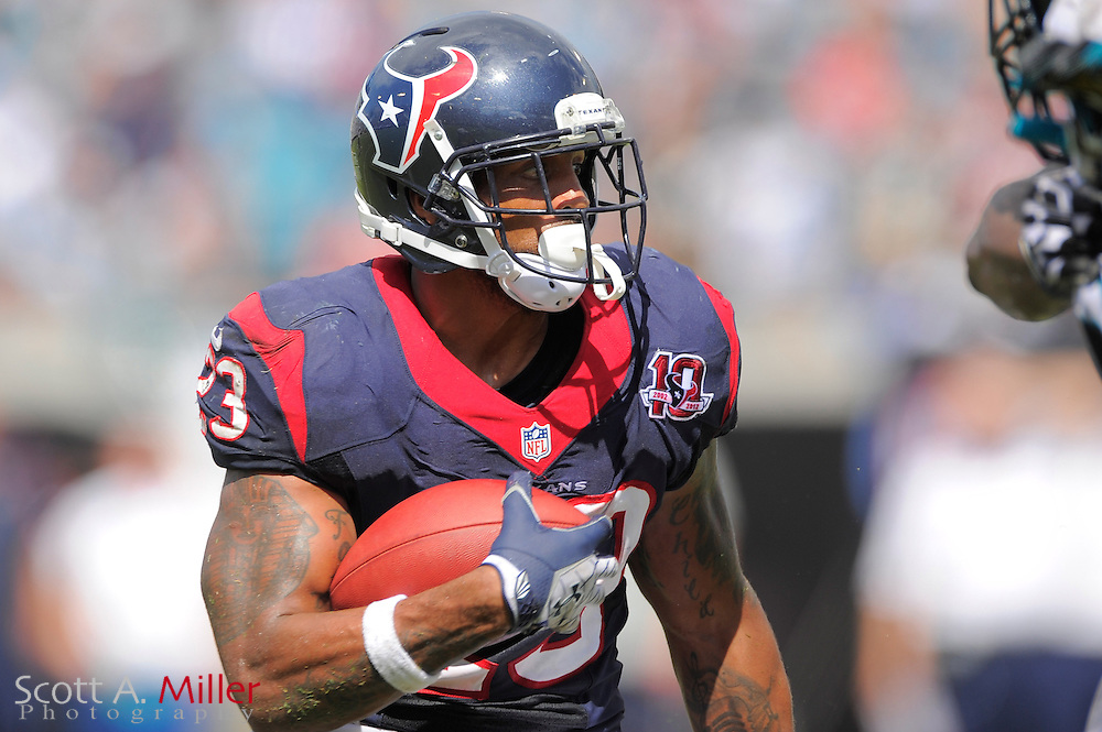 Houston Texans running back Arian Foster (23) runs upfield during the Texans 27-7 win over the Jacksonville Jaguars at EverBank Field on September 16, 2012 in Jacksonville, Florida. ..©2012 Scott A. Miller..