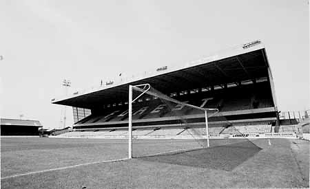 Nottingham Forest. FOOTBALL GROUND, Trent Bridge FC 1988 TRENT BRIDGE, NOTTINGHAM FOREST GROUND STADIUM,