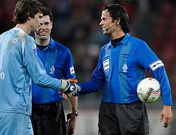 14-04-2010 VOETBAL: FC UTRECHT - FC GRONINGEN: UTRECHT<br /> Scheidsrechter Nijhuis<br /> ©2010-WWW.FOTOHOOGENDOORN.NL