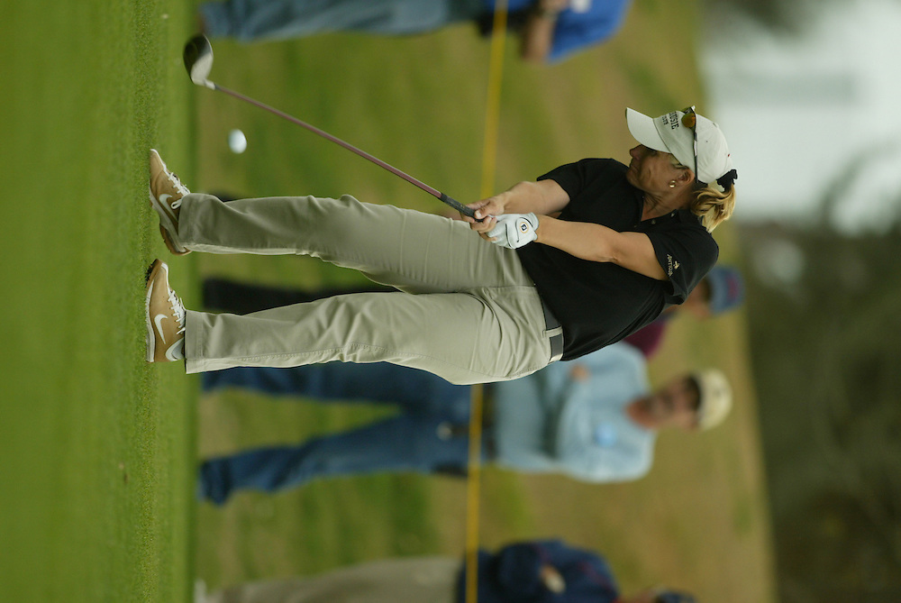 Karen Stupples..LPGA Welch's Fry's Championship.Third Round.Dell Urich Course at Randolph Park.Tucson, AZ.Saturday, March 13 2004..photograph by Darren Carroll