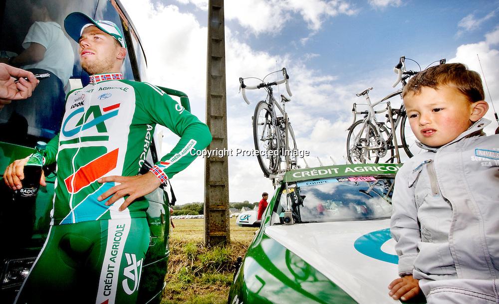 Plumelec, Frankrike 20080605:  Thor Hushovd etter den første etappen i Tour de France.  ..Foto: Daniel Sannum Lauten/Dagbladet