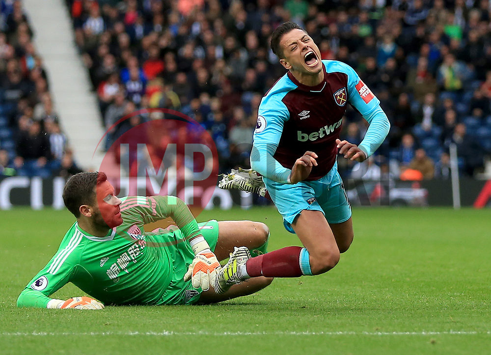Ben Foster of West Bromwich Albion fouls Javier Hernandez of West Ham United United - Mandatory by-line: Paul Roberts/JMP - 16/09/2017 - FOOTBALL - The Hawthorns - West Bromwich, England - West Bromwich Albion v West Ham United - Premier League