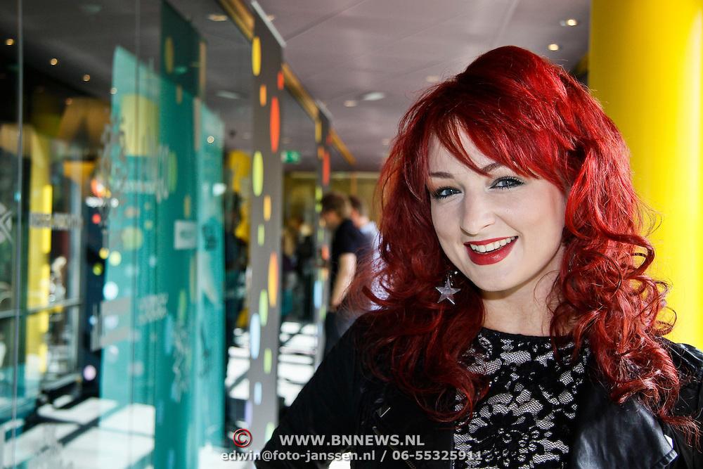 NLD/Hilversum/20100402 - Start Sterren.nl radiostation, Brandi Russell