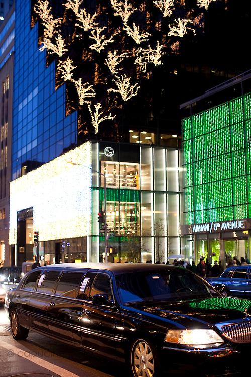 New York, New York. Etats Unis. 18 Decembre 2010.Tour Trump. 5eme Avenue (Fifth Avenue)..New York, New York. United States. December 18th 2010.Trump Tower. 5th Avenue (Fifth Avenue)