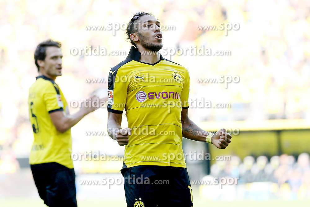 30.08.2015, Signal Iduna Park, Dortmund, GER, 1. FBL, Borussia Dortmund vs Hertha BSC, 3. Runde, im Bild Torschuetze Pierre-Emerick Aubameyang (Borussia Dortmund #17) beim Torjubel nach dem Treffer zum 2:0 // during the German Bundesliga 3rd round match between Borussia Dortmund and Hertha BSC at the Signal Iduna Park in Dortmund, Germany on 2015/08/30. EXPA Pictures &copy; 2015, PhotoCredit: EXPA/ Eibner-Pressefoto/ Schueler<br /> <br /> *****ATTENTION - OUT of GER*****