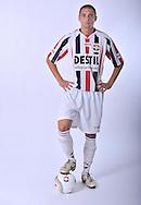 05-07-2009: Voetbal:Studioportretten Willem II<br /> Jens Janse<br /> Foto: Geert van Erven