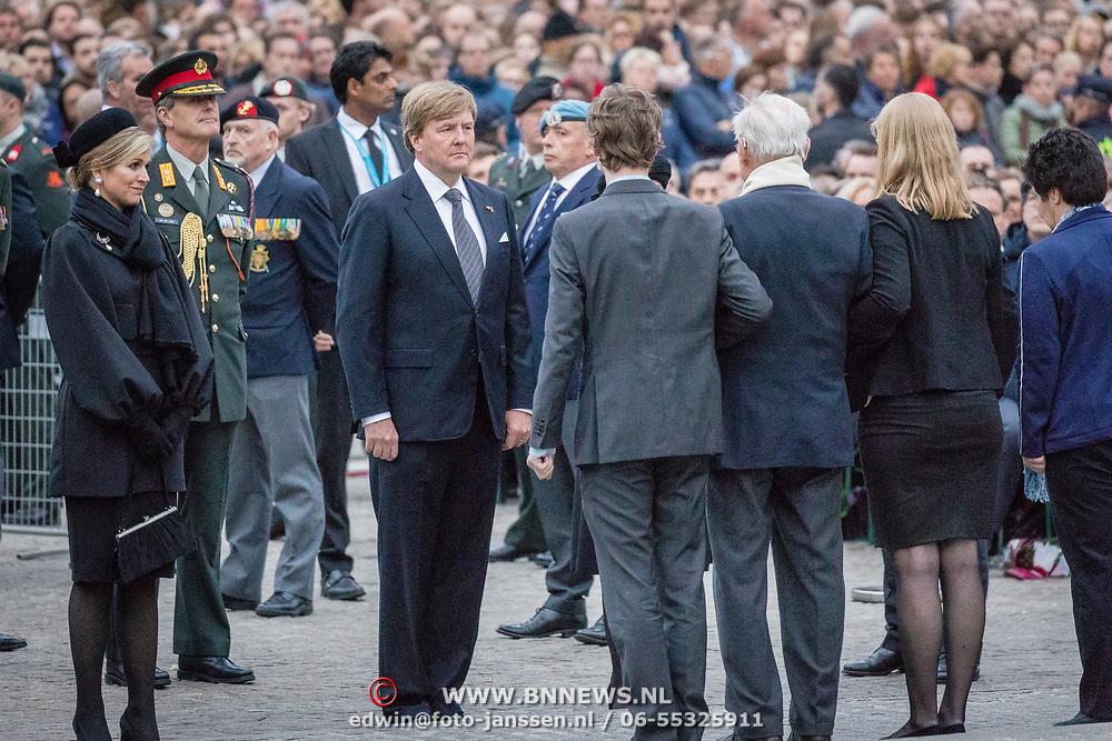 NLD/Amsterdam/20170504 - Nationale Herdenking 2017, dhr. F.W. Kroese (R)