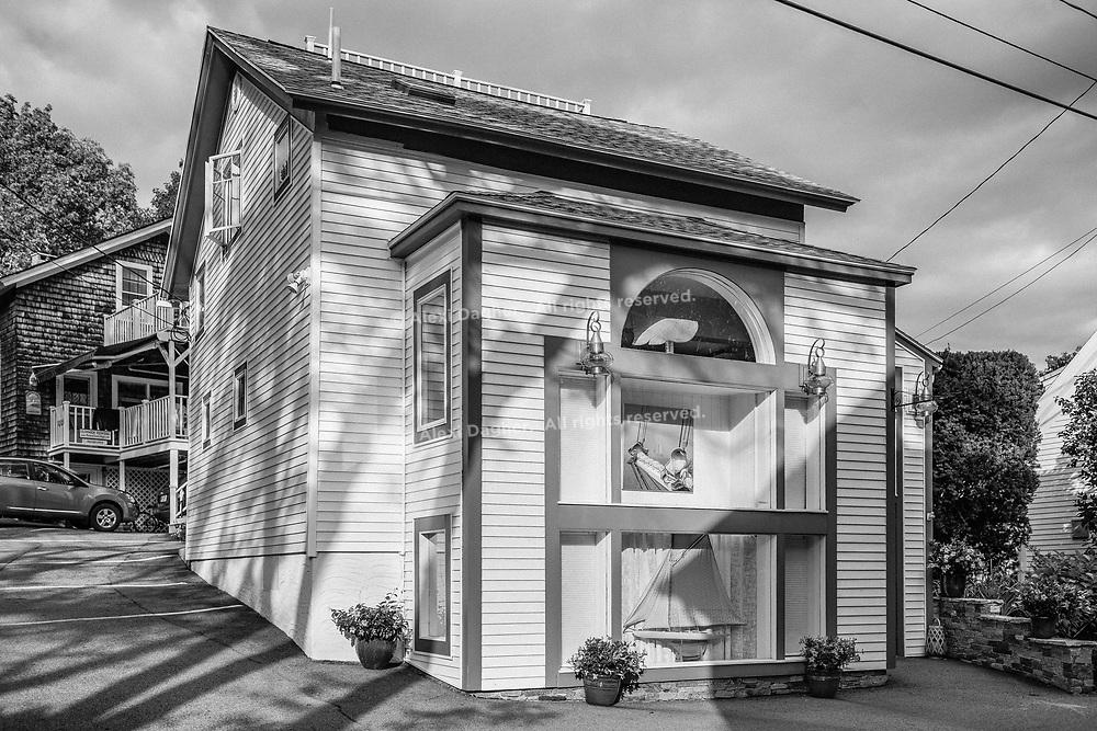 Town House, Perkins Cove - Ogunquit, Maine, 2016