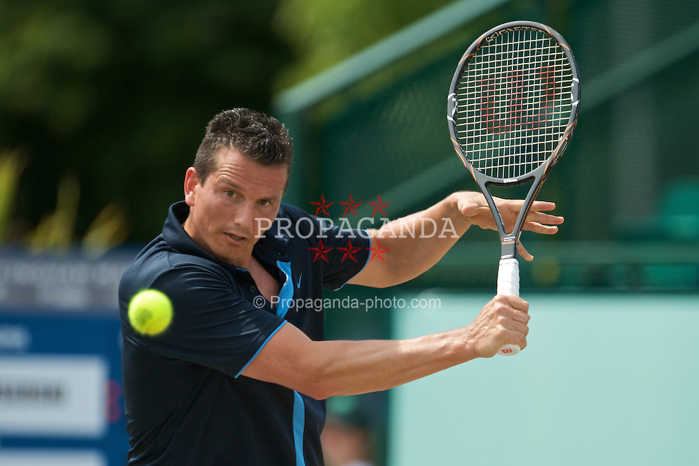 NOTTINGHAM, ENGLAND - Sunday, June 14, 2009: Richard Krajicek (NED) on finals day of the Tradition Nottingham Masters tennis event at the Nottingham Tennis Centre. (Pic by David Rawcliffe/Propaganda)