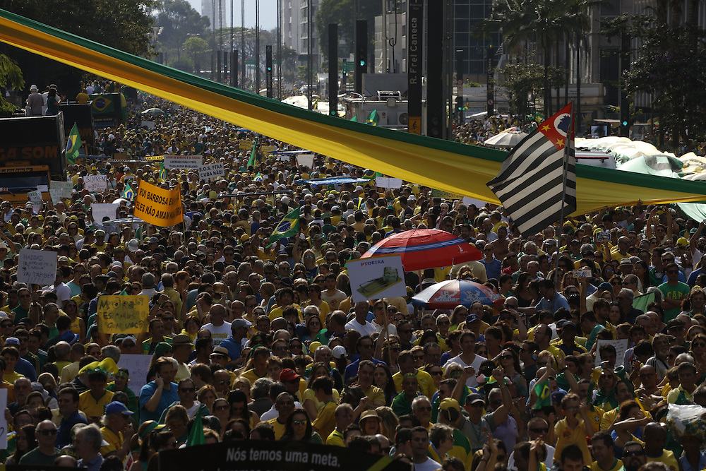 Sao Paulo, Brazil - August 16 of 2015: Demonstration against Brazil's president Dilma Roussef in Sao Paulo's financial center.   photo: CAIO GUATELLI