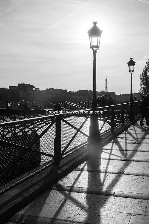 France. Paris. 1st district. the pont des arts on the Seine river   /   la passerelle des arts sur la Seine