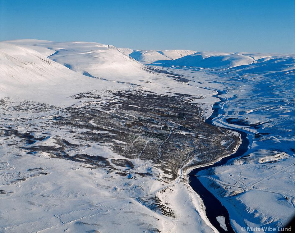 Vaglaskógur, Fnjóskadalur séð til suðurs. Þingeyjarsveit áður Hálshreppur Loftmynd.Vaglaskogur forrest and planting station in Fnjoskadalur, Thingeyjarsveit former Halshreppur. Viewing south.