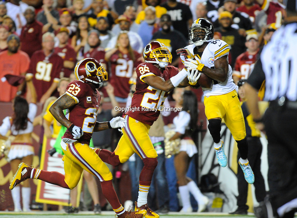 12 September 2016:  Steelers WR Antonio Brown (84) catches the first Steelers touchdown of the season behind Redskins S DeAngelo Hall (23) and CB Bashaud Breeland (26). The Pittsburgh Steelers defeated the Washington Redskins 38-16 on Monday Night Football at FedEx Field in Landover, MD. (Photo by Randy Litzinger/Icon Sportswire)