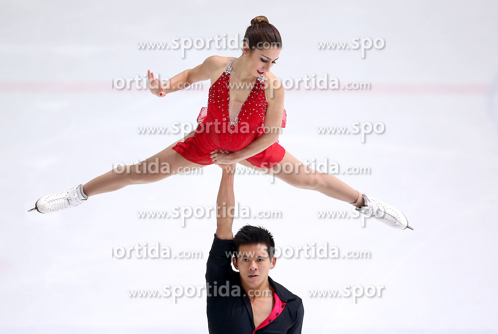 04.12.2015, Dom Sportova, Zagreb, CRO, ISU, Golden Spin of Zagreb, freies Programm, Paare, im Bild Marissa Castelli - Mervin Tran, USA. // during the 48th Golden Spin of Zagreb 2015 doubles Free Program of ISU at the Dom Sportova in Zagreb, Croatia on 2015/12/04. EXPA Pictures &copy; 2015, PhotoCredit: EXPA/ Pixsell/ Igor Kralj<br /> <br /> *****ATTENTION - for AUT, SLO, SUI, SWE, ITA, FRA only*****
