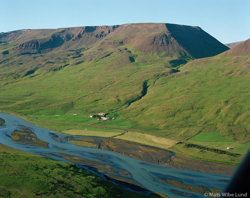 Geitaskarð séð til norðausturs, Engihlíðarhreppur /.Geitaskard viewing northeast, Engihlidarhreppur.