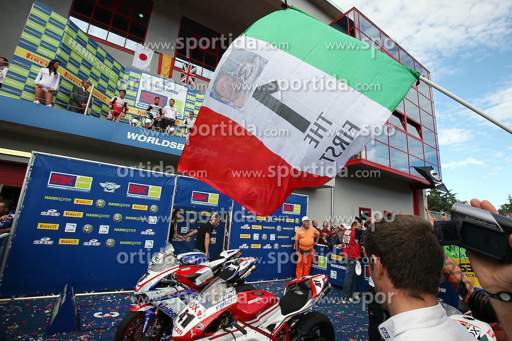 26.09.2010, Circuit Enzo & Dino Ferrari, Imola, ITA, Superbike WM, Imola, im Bild Max Biaggi - Aprilia Alitalia racing, EXPA Pictures © 2010, PhotoCredit: EXPA/ InsideFoto/ *** ATTENTION *** FOR AUSTRIA AND SLOVENIA USE ONLY!