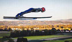 29.09.2018, Energie AG Skisprung Arena, Hinzenbach, AUT, FIS Ski Sprung, Sommer Grand Prix, Hinzenbach, im Bild Stephan Leyhe (GER) // Stephan Leyhe of Germany during FIS Ski Jumping Summer Grand Prix at the Energie AG Skisprung Arena, Hinzenbach, Austria on 2018/09/29. EXPA Pictures © 2018, PhotoCredit: EXPA/ JFK