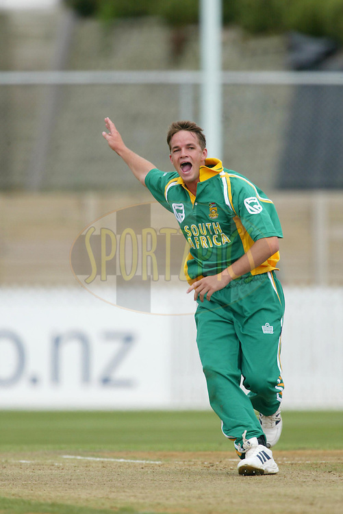 11th February 2004. Cricket, South African tour of New Zealand, Westpac Park, Hamilton, New Zealand..South Africa vs Northern Knights..Albie Morkel (SA) appeals.South Africa won by 6 wickets..Please credit: Sandra Teddy/ Photosport