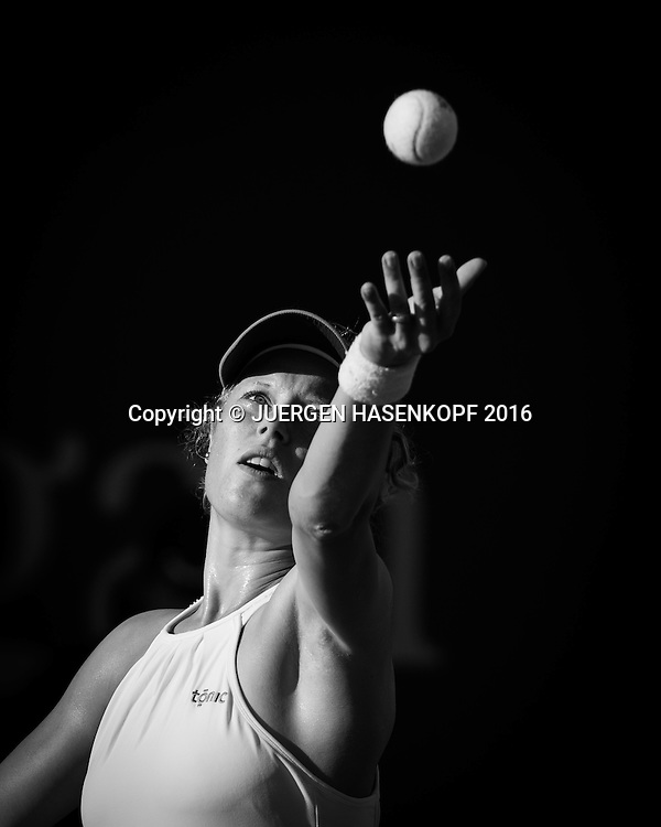 LAURA SIEGEMUND (GER), Aufschlag, Ballwurf, Schwarzweiss, black&amp;white,<br /> <br /> Tennis - US Open 2016 - Grand Slam ITF / ATP / WTA -  USTA Billie Jean King National Tennis Center - New York - New York - USA  - 30 August 2016.
