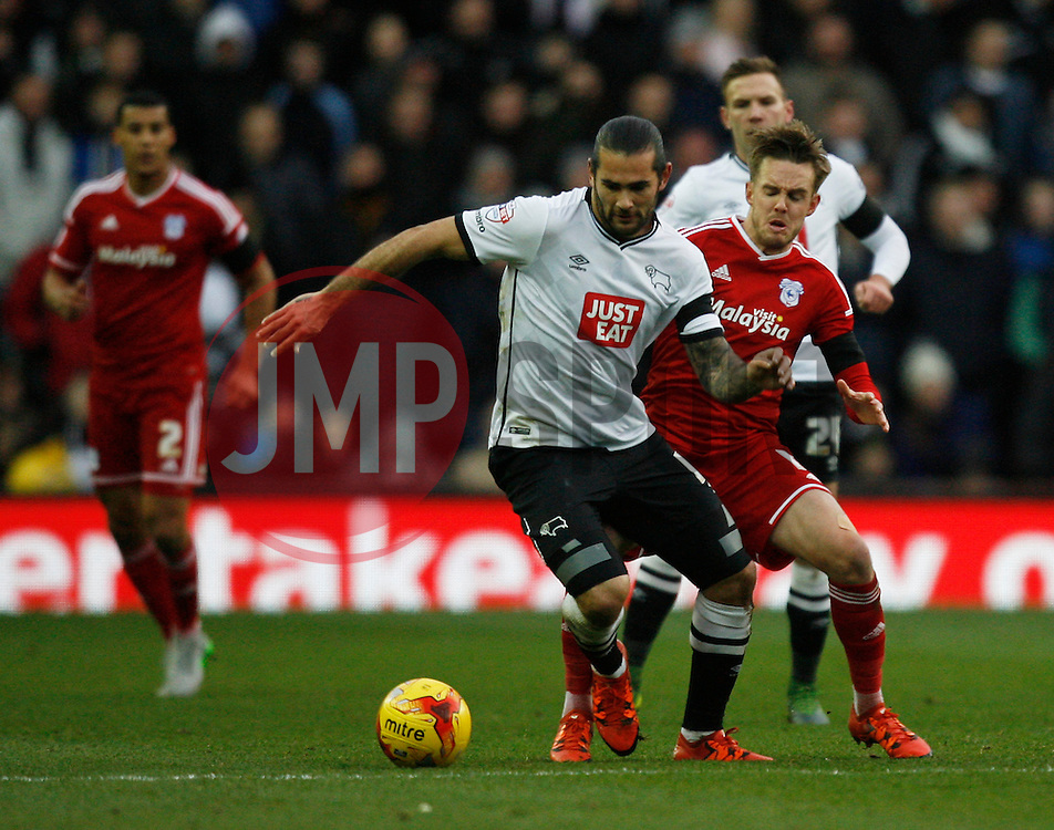 Bradley Johnson of Derby County (L) and Craig Noone of Cardiff City in action - Mandatory byline: Jack Phillips / JMP - 07966386802 - 21/11/2015 - FOOTBALL - The iPro Stadium - Derby, Derbyshire - Derby County v Cardiff City - Sky Bet Championship