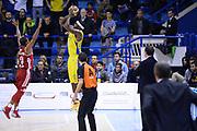 DESCRIZIONE : Porto San Giorgio Lega serie A 2013/14  Sutor Montegranaro Varese<br /> GIOCATORE : <br /> CATEGORIA : tiro tre punti<br /> SQUADRA : Sutor Montegranaro<br /> EVENTO : Campionato Lega Serie A 2013-2014<br /> GARA : Sutor Montegranaro Pallacanestro Varese<br /> DATA : 23/11/2013<br /> SPORT : Pallacanestro<br /> AUTORE : Agenzia Ciamillo-Castoria/M.Greco<br /> Galleria : Lega Seria A 2013-2014<br /> Fotonotizia : Porto San Giorgio  Lega serie A 2013/14 Sutor Montegranaro Varese<br /> Predefinita :