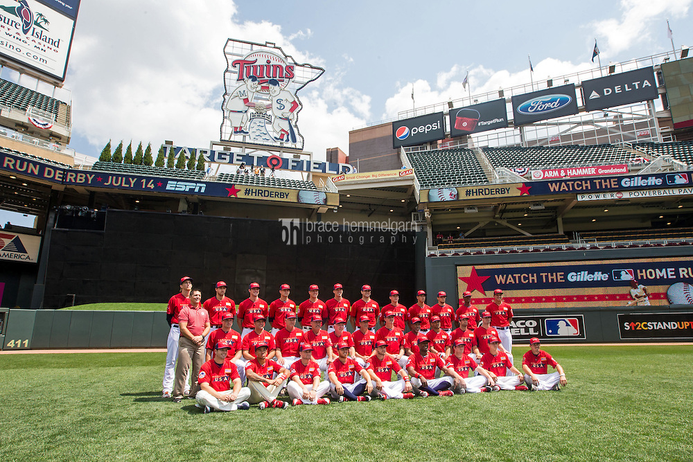 MINNEAPOLIS, MN- JULY 13: The U.S. Team poses for a team photo during the SiriusXM All-Star Futures Game at Target Field on July 13, 2014 in Minneapolis, Minnesota. (Photo by Brace Hemmelgarn) *** Local Caption ***