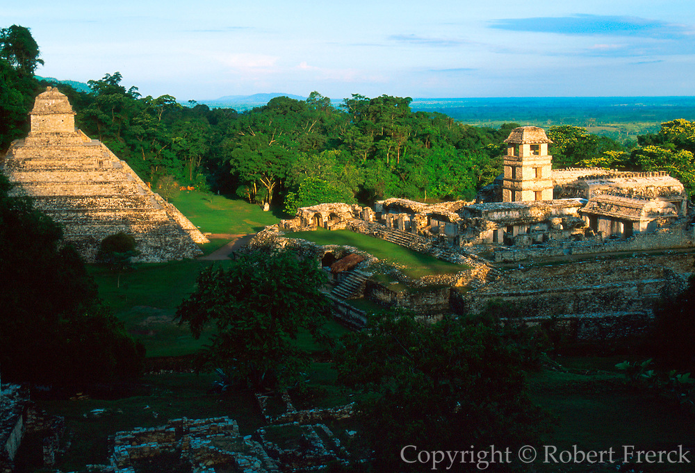 MEXICO, MAYAN, PALENQUE Temple of Inscriptions and Palace
