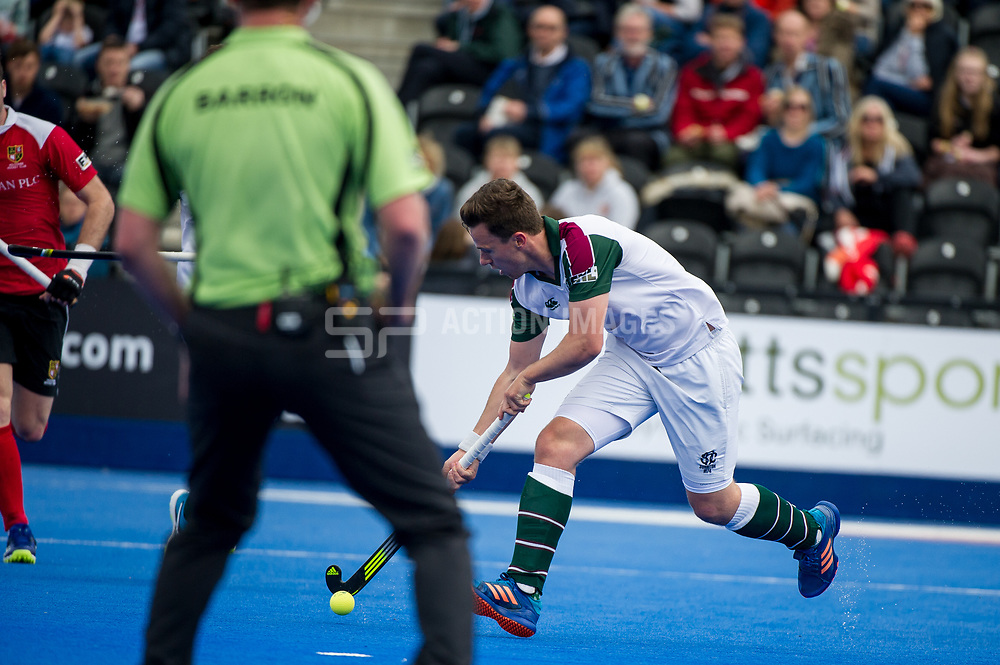 Holcombe v Surbiton - Semi-Final - Men's Hockey League Finals, Lee Valley Hockey & Tennis Centre, London, UK on 22 April 2017. Photo: Simon Parker
