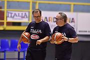 Mario FIoretti, Stefano Pino Sacripanti<br /> Raduno Nazionale Maschile Senior<br /> Allenamento mattina<br /> Cagliari, 04/08/2017<br /> Foto Ciamillo-Castoria/ A. Scaroni