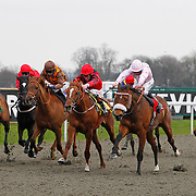 Thane Of Cawdor and Jim Crowley winning the 3.20 race