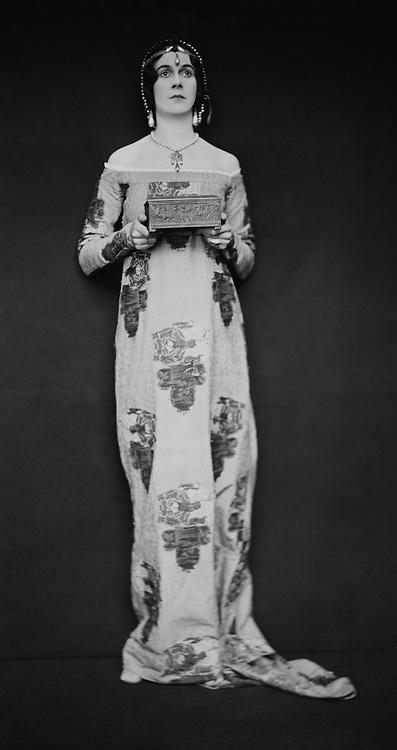 Lady Masserene, viscountess, England, UK, 1916
