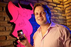 Fernando Silveira, dono da Pink Elephant de Porto Alegre, na sede do clube noturno. FOTO: Jefferson Bernardes/Preview.com