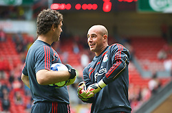 LIVERPOOL, ENGLAND - Saturday, September 26, 2009: Liverpool's goalkeeper Pepe Reina and goalkeeping coach Xavi Valero warm up before the Premiership match against Hull City at Anfield. (Photo by: David Rawcliffe/Propaganda)