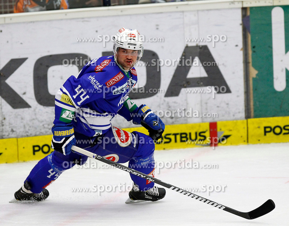 27.10..2013, Stadthalle, Villach, AUT, EBEL, EC VSV vs Moser Medical Graz99ers, 28. Runde, im Bild Curtis Fraser (VSV,#44) // during the Erste Bank Icehockey League 28th round between EC VSV vs Moser Medical Graz99ers, at the City Hall, Villach, Austria, 2013/10/27, EXPA Pictures © 2013, PhotoCredit: EXPA/ Oskar Hoeher
