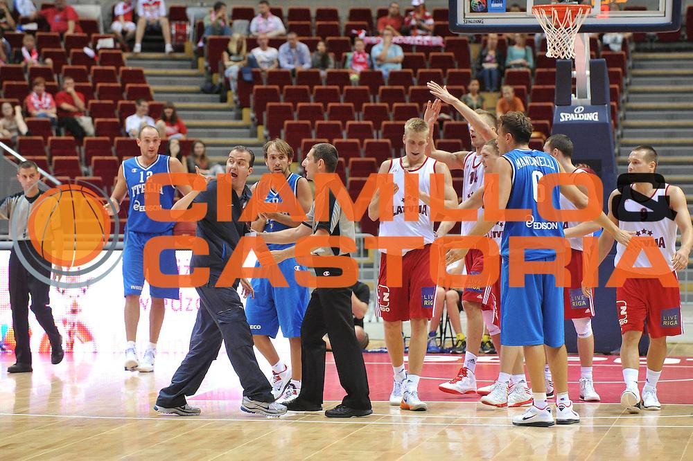 DESCRIZIONE : DANZICA POLONIA TORNEO INTERNAZIONALE SOPOT BASKET CUP Lettonia Italia<br /> GIOCATORE : simone pianigiani <br /> CATEGORIA : delusione<br /> SQUADRA : Nazionale Italia Maschile<br /> EVENTO : TORNEO INTERNAZIONALE SOPOT BASKET CUP<br /> GARA : Lettonia Italia<br /> DATA : 03/08/2012<br /> SPORT : Pallacanestro<br /> AUTORE : Agenzia Ciamillo-Castoria/M.Gregolin<br /> Galleria : FIP Nazionali 2012<br /> Fotonotizia :  DANZICA POLONIA TORNEO INTERNAZIONALE SOPOT BASKET CUP Lettonia Italia<br /> Predefinita :