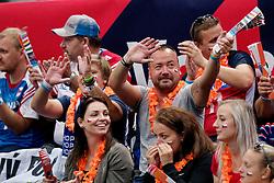 13-09-2019 NED: EC Volleyball 2019 Czech Republic - Ukraine, Rotterdam<br /> First round group D / Czech support