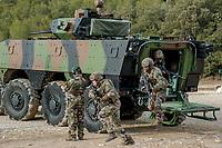 Legionnaires sortant du VBCI lors d une intervention<br /> Francoise Dumas, deputee LREM en visite  au 2eme regiment etranger d infanterie.Pendant cette visite elle d&eacute;couvre le VBCI et echange avec les militaires<br /> VBCI<br /> Vehicule blinde de combat &nbsp;fran&ccedil;ais&nbsp;tout-terrain&nbsp;a huit roues, con&ccedil;u et fabrique en France par&nbsp;Nexter Systems&nbsp;et par&nbsp;Renault Trucks Defense<br /> 11&nbsp;soldats&nbsp;peuvent prendre place a bord du vehicule, qui est equipe de tous les moyens de communication modernes<br /> L objectif du VBCI est d amener le&nbsp;fantassin&nbsp;au plus pres des combatLa protection du vehicule peut etre adaptee a la menace<br /> Le VBCI peut-etre&nbsp;aerotransportable&nbsp;par un&nbsp;Airbus A400M.