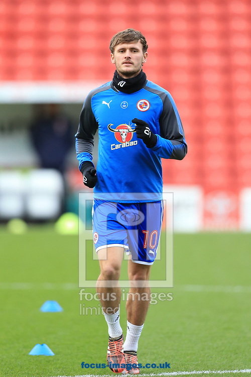 John Swift of Reading warming up during the Sky Bet Championship match at Oakwell, Barnsley<br /> Picture by Mark Cosgrove/Focus Images Ltd 07482 239581?<br /> 30/12/2017