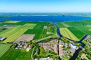 Nederland, Friesland, gemeente De Friese Meren, 07-05-2018; De Zuidwesthoek, Sloten (Sleat), een van de Friese elf steden. Voormalige vestingstad, beschermd stadsgezicht. Slotermeer.<br /> Former fortified city, heritage site.<br /> luchtfoto (toeslag op standard tarieven);<br /> aerial photo (additional fee required);<br /> copyright foto/photo Siebe Swart
