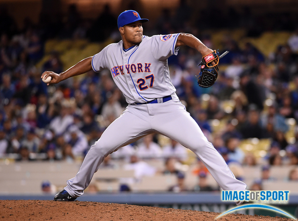 May 9, 2016; Los Angeles, CA, USA; New York Mets relief pitcher Jeurys Familia (27) delivers a pitch in the ninth inning against the Los Angeles Dodgers during a MLB game at Dodger Stadium. The Mets defeated the Dodgers 4-2.