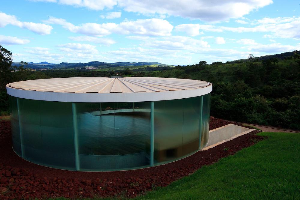 Brumadinho_MG, Brasil...Centro de Arte Contemporanea Inhotim (CACI). Na foto a galeria e obra Sound Pavilion, de Doug Aitken...The Inhotim Contemporary Art Center (CACI). In this photo the gallery and the art Sound Pavilion, of Doug Aitken...Foto: BRUNO MAGALHAES / NITRO