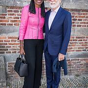 NLD/Naarden/20190419 - Matthaus-Passion in de grote kerk van Naarden, Laetitia Griffith en partner Jan Naeye