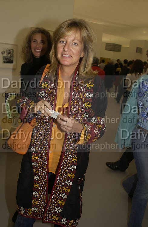 Princess Chantal of Hanover. Frieze opening. Regents Park.  London. 20 October 2005. ONE TIME USE ONLY - DO NOT ARCHIVE © Copyright Photograph by Dafydd Jones 66 Stockwell Park Rd. London SW9 0DA Tel 020 7733 0108 www.dafjones.com