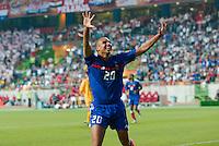 Joie David TREZEGUET - 17.06.2004 - France / Croatie - Championnat d'Europe 2004<br /> Photo : Olivier Prevosto / Icon Sport