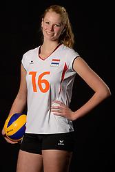 28-06-2013 VOLLEYBAL: NEDERLANDS MEISJES VOLLEYBALTEAM: ARNHEM <br /> Selectie Jeugd Oranje meisjes seizoen 2013-2014 / Marjolijn Oskam<br /> ©2013-FotoHoogendoorn.nl