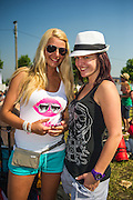 Boom. Tomorrowland 2012. Foto's bij interviews. Duitse dames.